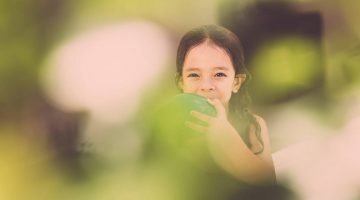 girl-green-1440